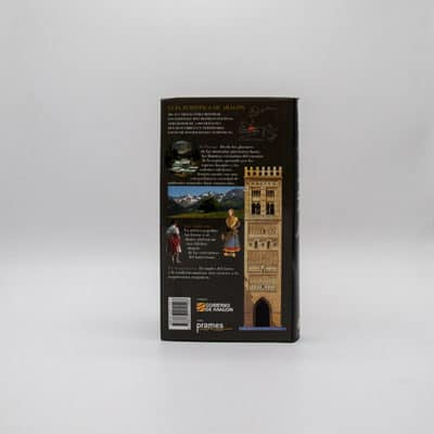 foto contraportada libro guia turisitca aragon