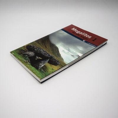 Foto lomopagina libro Megalitos Alto Aragón